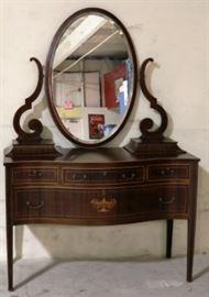 Mahogany dressing table w/ urn inlay