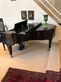 Beautiful Black Lacquered Mason & Hamlin Baby Grand Piano. Very well Maintained and in Beautiful Condition
