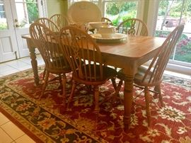 Ethan Allen Table, Farmhouse Pine. Includes 1 arm chair and 6 side chairs.