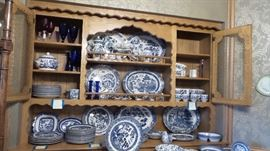 Blue and White China Collection: Churchill Willow, Johnson Bros, Wood & Sons