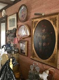 Art, bar ware & wall decor
