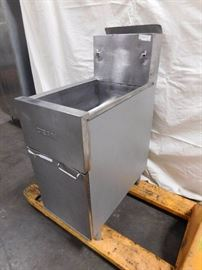 Dean Single Bay Fryer 35 Pound