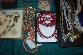 Honora pearls and more