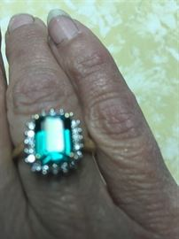 14 K Gold .20 ct Diamond & Lab Created Emerald Ring Surrounded by Diamonds