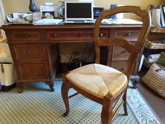 Nice, vintage Frenchy desk, with appropriate fembot chair,