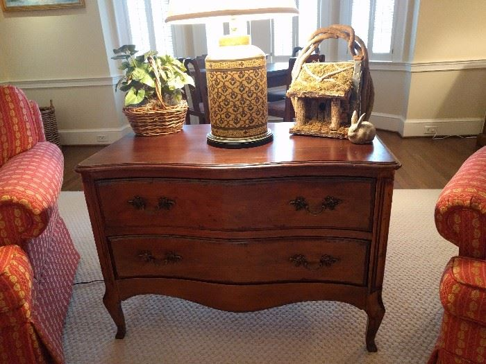 Nice, vintage French two-drawer chest, with porcelain Asian lamp. The next picture will show the chest in better light.