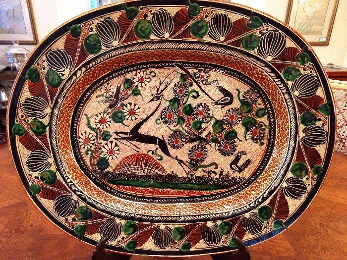 "Close-up of the beautiful 16"" platter, by José Bernabe. The color play in this set of china is really wonderful."