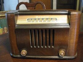 Antique Bendix Radio