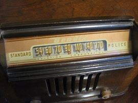 Antique Bendix Radio works