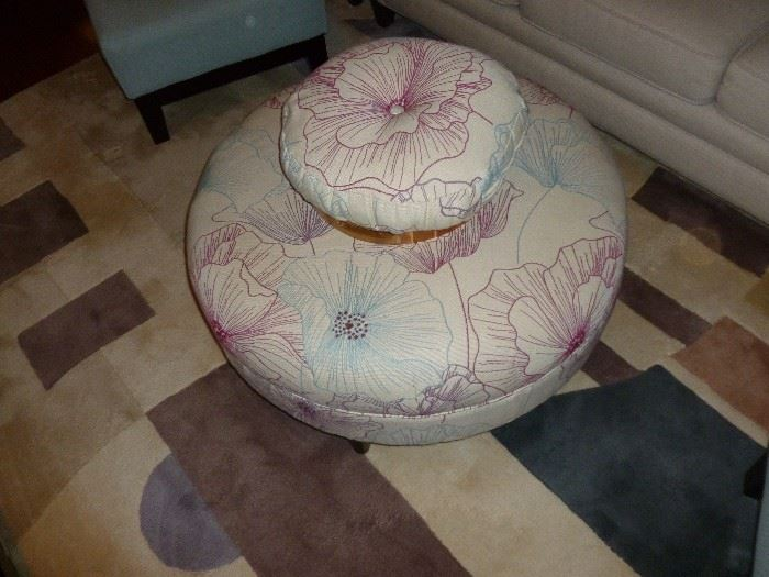 Neat Ottoman & pillows