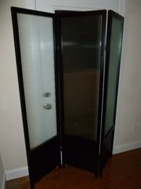 Tri-fold glass room divider