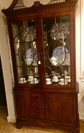 This Henredon China cabinet is lit and rather dainty...Jay must have taken this picture from the floor.  He probably passed out when he saw how low I had priced it!