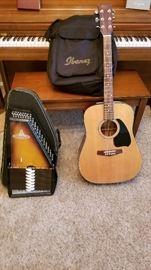Ibenez Guitar w/case