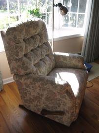 Lazyboy recliner $125