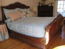 Bob Mackie King sleigh bed $500