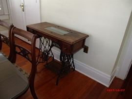 Singer sewing machine  treadle table