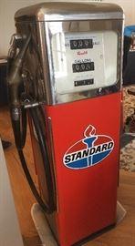 vintage 5 ft gas pump