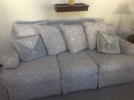 Stunning sofa excellent condition ..has matching chair & ottoman and loveseat