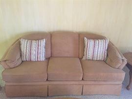 Flexsteel sofa ....excellent condition
