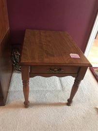 #3	End Table w/Drawer  21x28x21	 $75.00