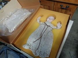 Thumbelina Porcelain Doll 20+ yrs old original box