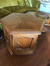 #8 Laminate Octogonal End Table w/door 26.5x21 $75.00