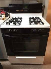 Gas Range Top / Oven in working order