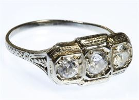 18k White Gold and Diamond Art Deco Ring