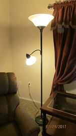 Floor lamp top & bottom turn on seperately