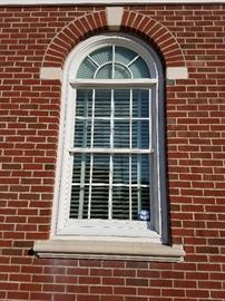 Exterior Window with Semi Circle Top Panel