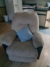 Reclining chair with marching love seat
