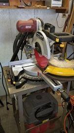 Miterbox Saw w/ vacuum on stand