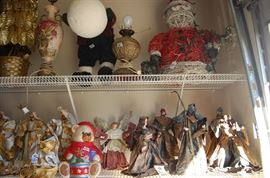 Avoid the crowds at the mall......Another vintage Nativity, wicker Santa Claus