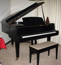 Yamaha black stain finish baby grand piano