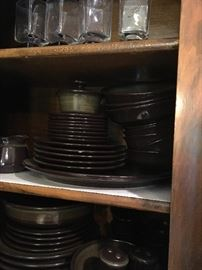Kitchenware/Dishes
