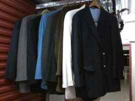 Lot of 9 Mens Suit Jackets - 42R  http://www.ctonlineauctions.com/detail.asp?id=663832