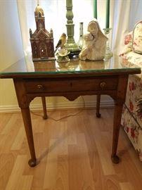 2 Drexel side tables