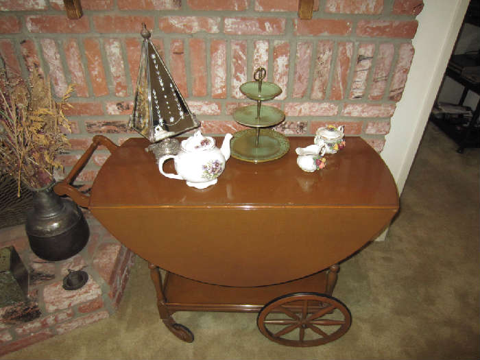 1918 Paalman Furniture Co tea cart.