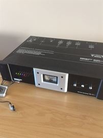 monster power HTS 3500mkII reference power center