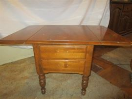Ethan Allen drop leaf side table