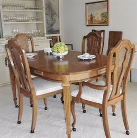Dining table with 8 chairs, 2 leaves
