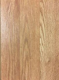 650 sq ft of Natural White Oak Laminate Flooring