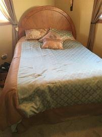 Stanley Queen Bed!