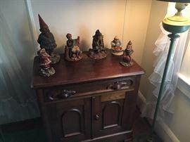 Tom Clark Gnomes, Walnut Wash Stand