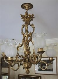 Quality Bronze Detailed Chandelier