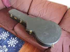 Takamine 12 string acoustic guitar case