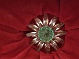 Swarovski Crystal Green Daisy Marguerite - Cake Topper. New in box