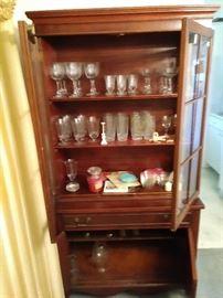 Set of Glassware