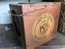 Vintage Napco bait box