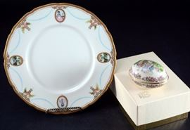 Lot 7: Lenox Easter Egg & Virginian Scalloped Plate